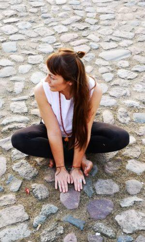 Yoga Lehrerin Alyn Jankowski
